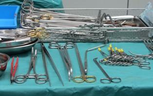 chirurgische-instrumenten-klein